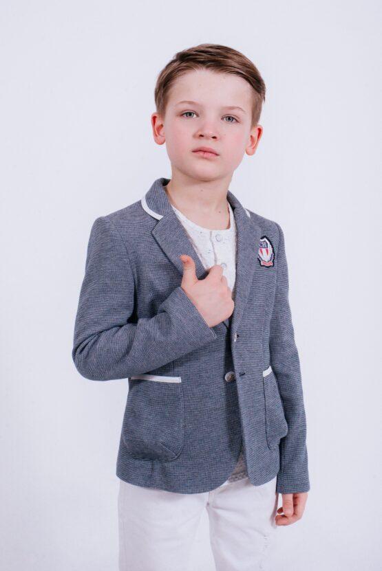 Пиджак трикотажный с шевроном для мальчика
