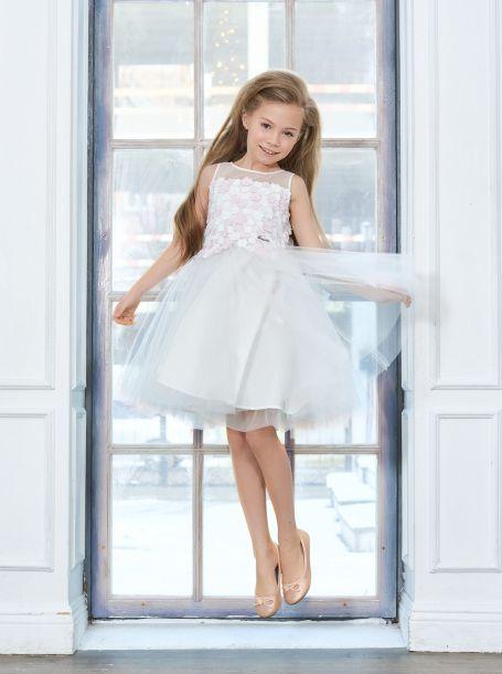 Платье нарядное многослойное с объемными цветами