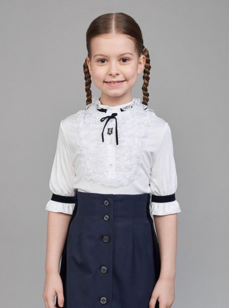 Блуза нарядная трикотажная с рюшами, белый